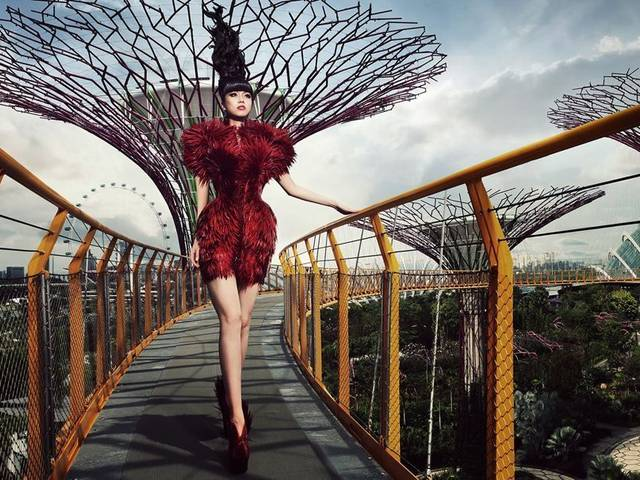 The 128 metre long OCBC Skyway at the world's latest architectural wonder in Singapore will stage a fashion show featuring designs from around the world