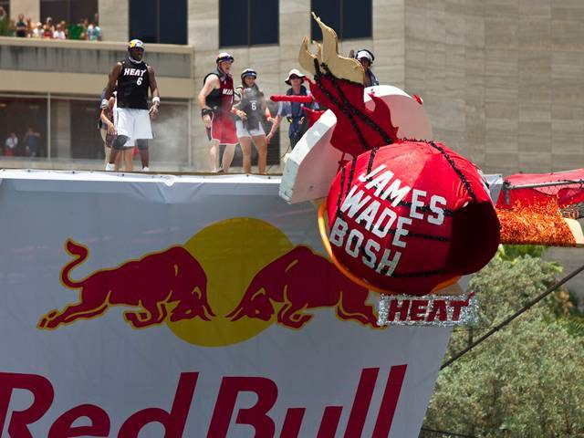 "Red Bull Flugtag Miami ""Three Kings"""