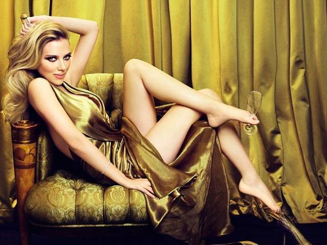 Scarlett Johannson for MOËT & CHANDON