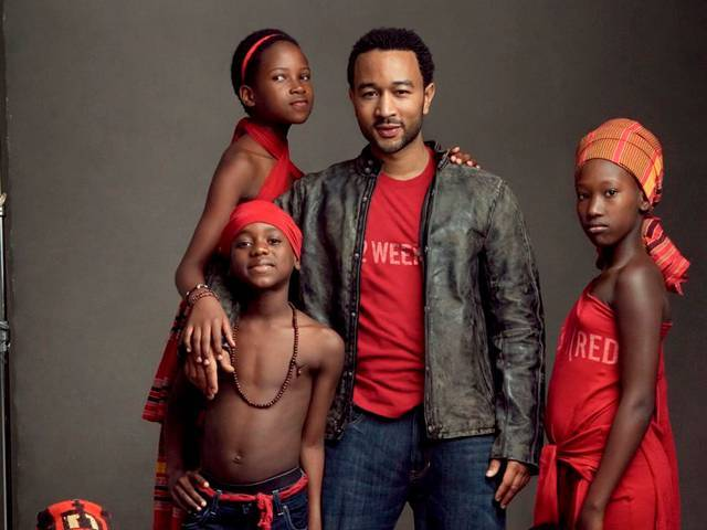 John Legend in Gap's (2 WEEKS) T-shirt campaign