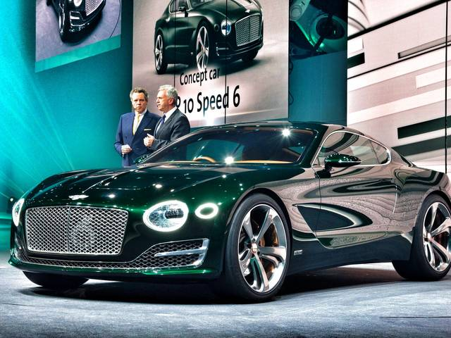 The concept car nabs the gold award for its timeless, iconic Bentley design, clever use of new materials and aesthetic dynamism