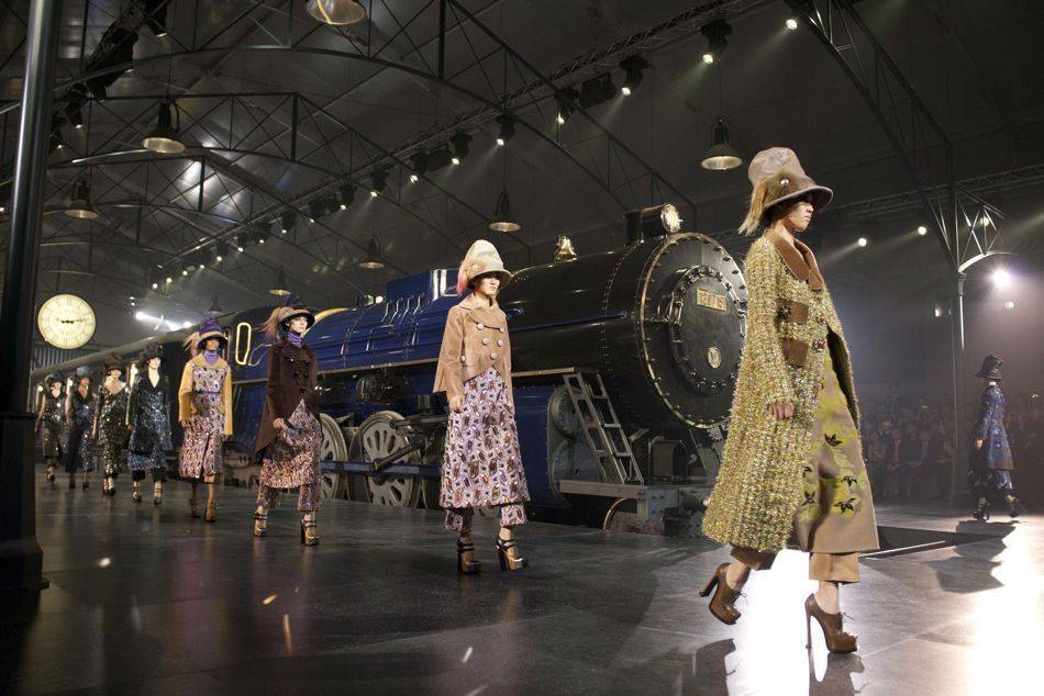 Art of Travel: The Louis Vuitton Express Goes To Shanghai ...