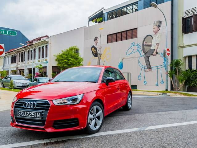 A test drive with the Audi A1 Sportback that turned into a road trip around Singapore photographing the works of the street artist