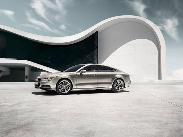 The spacious five-door model combines the emotional appeal and sportiness of a coupe, the comfort of a sedan and the functional benefits of an Avant