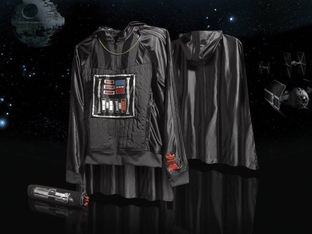 Darth Vader Hooded Sweat-Shirt with cape, part of the Spring/Summer Star Wars Vehicle Pack