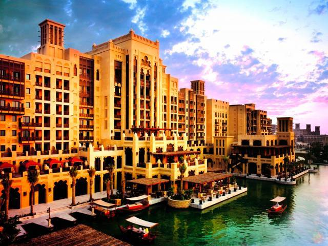 At Mina A' Salam, the Jumeirah Group invites you to experience a true expression of 'old Arabia'
