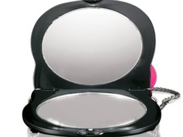 M.A.C. Hello Kitty purse mirror (opened)