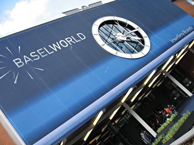 "BASELWORLD will be opening its doors from March 18 - 25, 2010 | Source: flickr/<a href=""http://www.flickr.com/photos/kenliu/127093639/"">kenliu</a>"