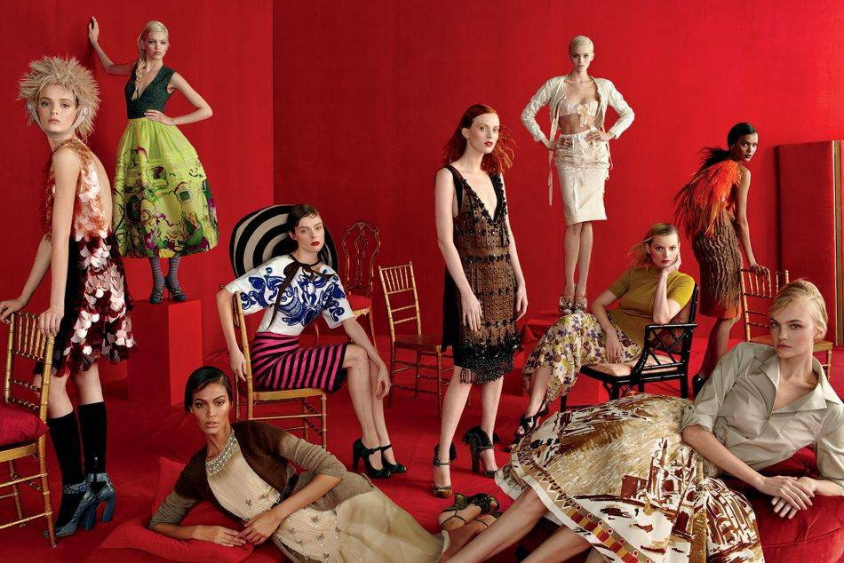 Exploring the striking affinities between Schiaparelli and Prada; 2 Italian designers from different eras | Photo: Steven Meisel