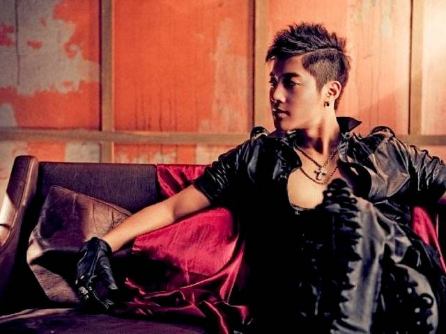 Korean popstar Kim Hyun Joong will be performing a mini-concert in Singapore on May 4