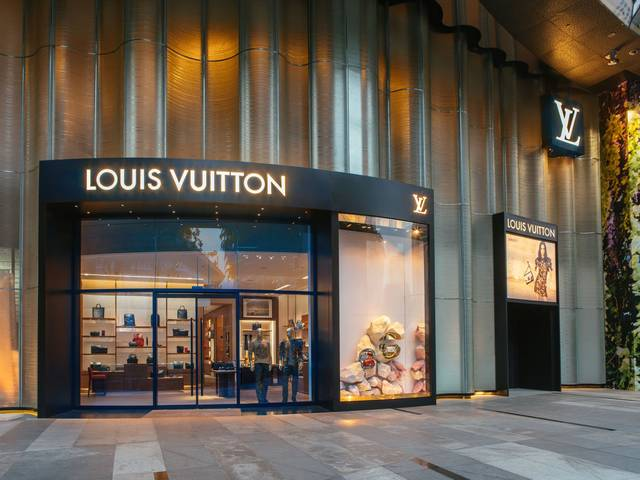 The Maison reveals a new store concept that takes a fresh approach to contemporary luxury