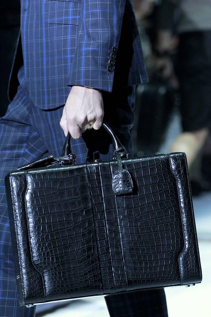 Купить мужские сумки gucci
