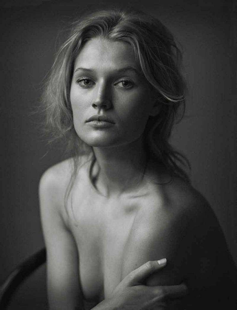 Karina Krawczyk  nackt