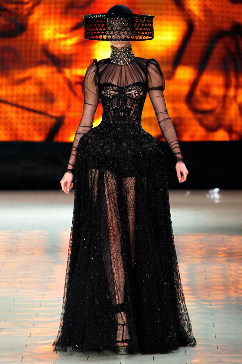Александр маккуин коллекции купить платье для бальных танцев юниоры