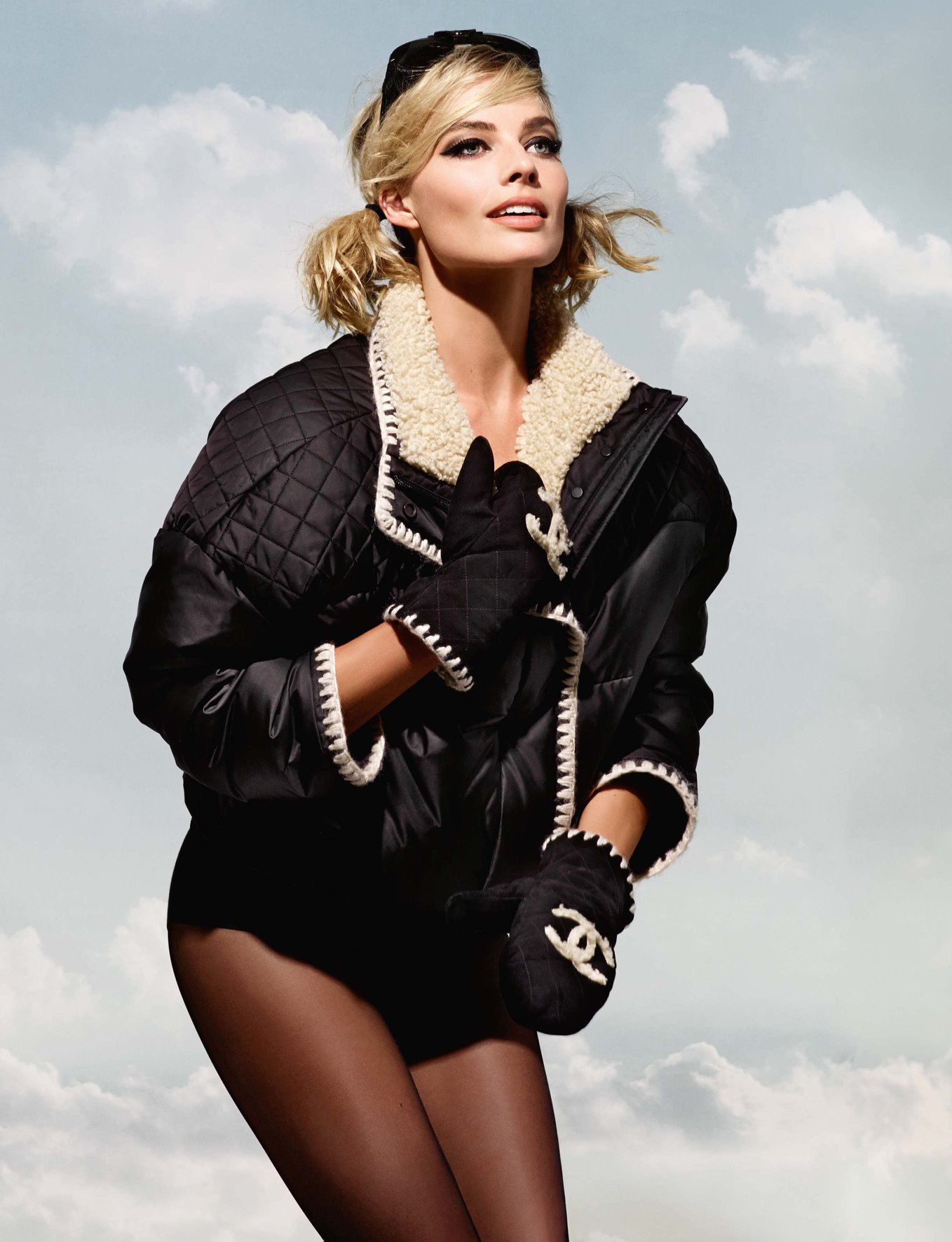 Margot Robbie Fronts Chanel S Coco Neige Collection The