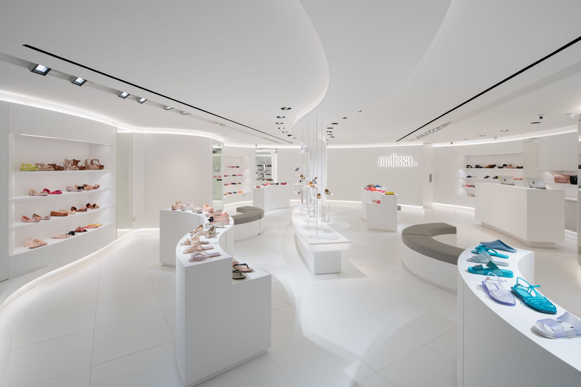 a076d850a62591 The new Melissa MDREAMS flagship store design has also been adapted and  rolled out in Melissa s first personalised counter at Tangs Vivo City
