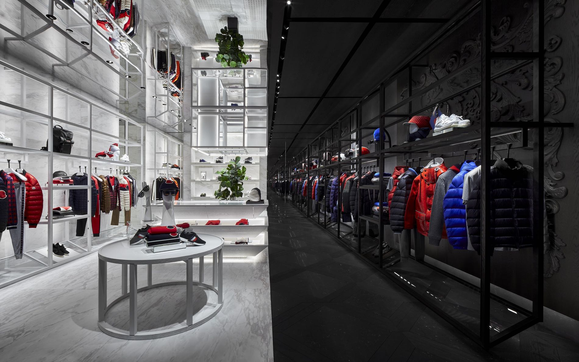 innovative design aa960 99d08 Moncler Opens Flagship Store at Marina Bay Sands | SENATUS