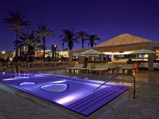 Hard Rock Hotel & Casino & Morgans Htl Group elevate the Las Vegas pool scene with SKYBAR's opening