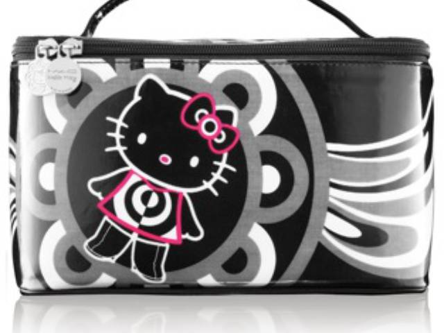 M.A.C. Hello Kitty soft vanity case
