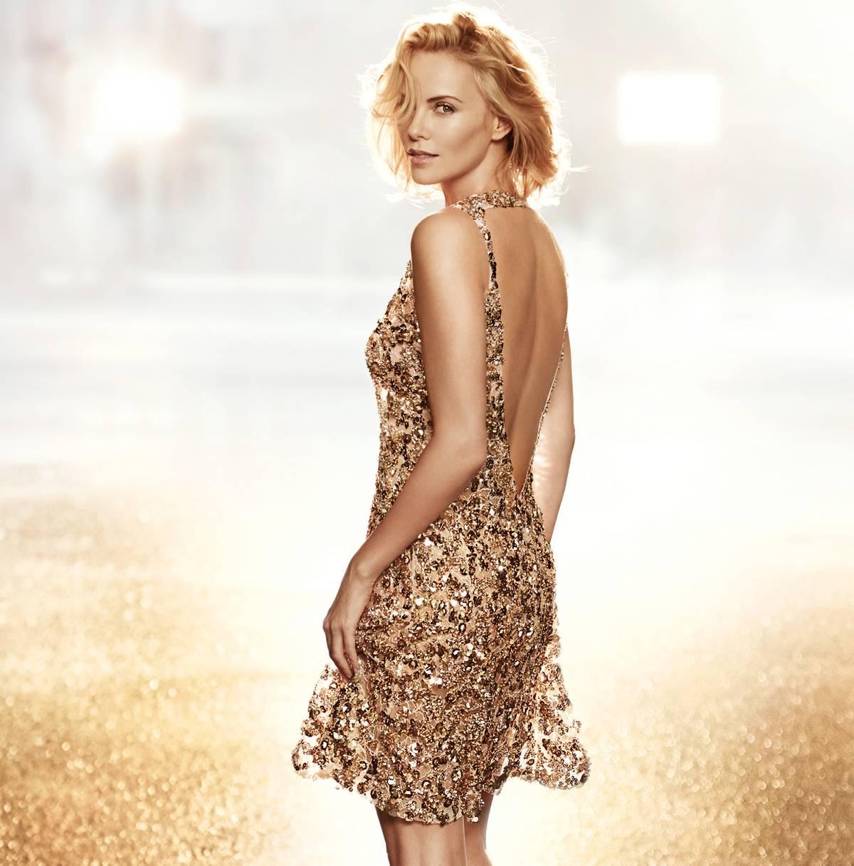 Charlize Theron Returns For Dior J Adore Eau Lumi 232 Re