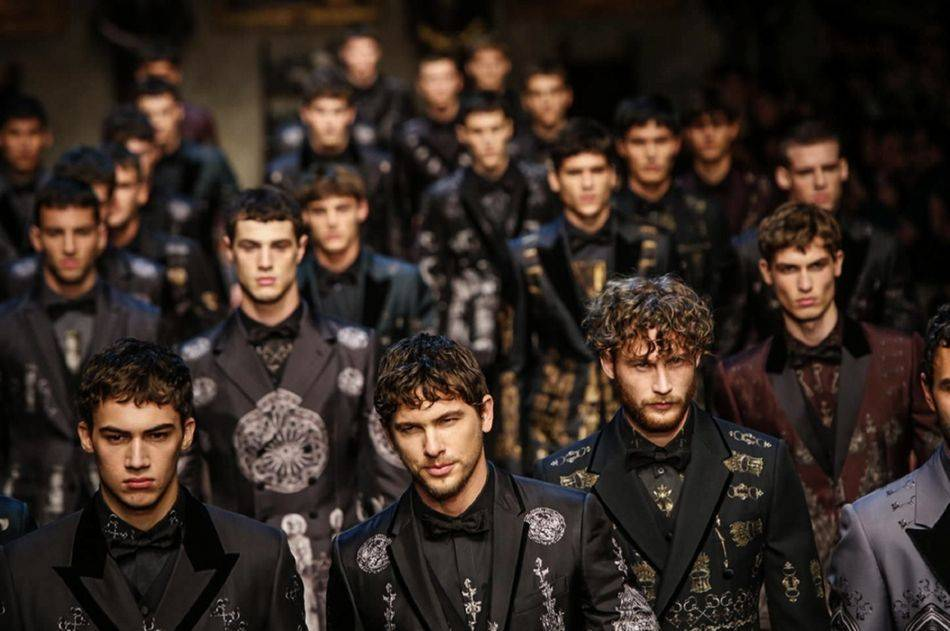 9b944f0f3535 The Norman Kingdom of Sicily Inspires Dolce   Gabbana Menswear Fall 2014  Collection