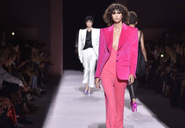 9243a584d26 Fashion   Style TOM FORD Spring Summer 2018 a F   ing Fab ...