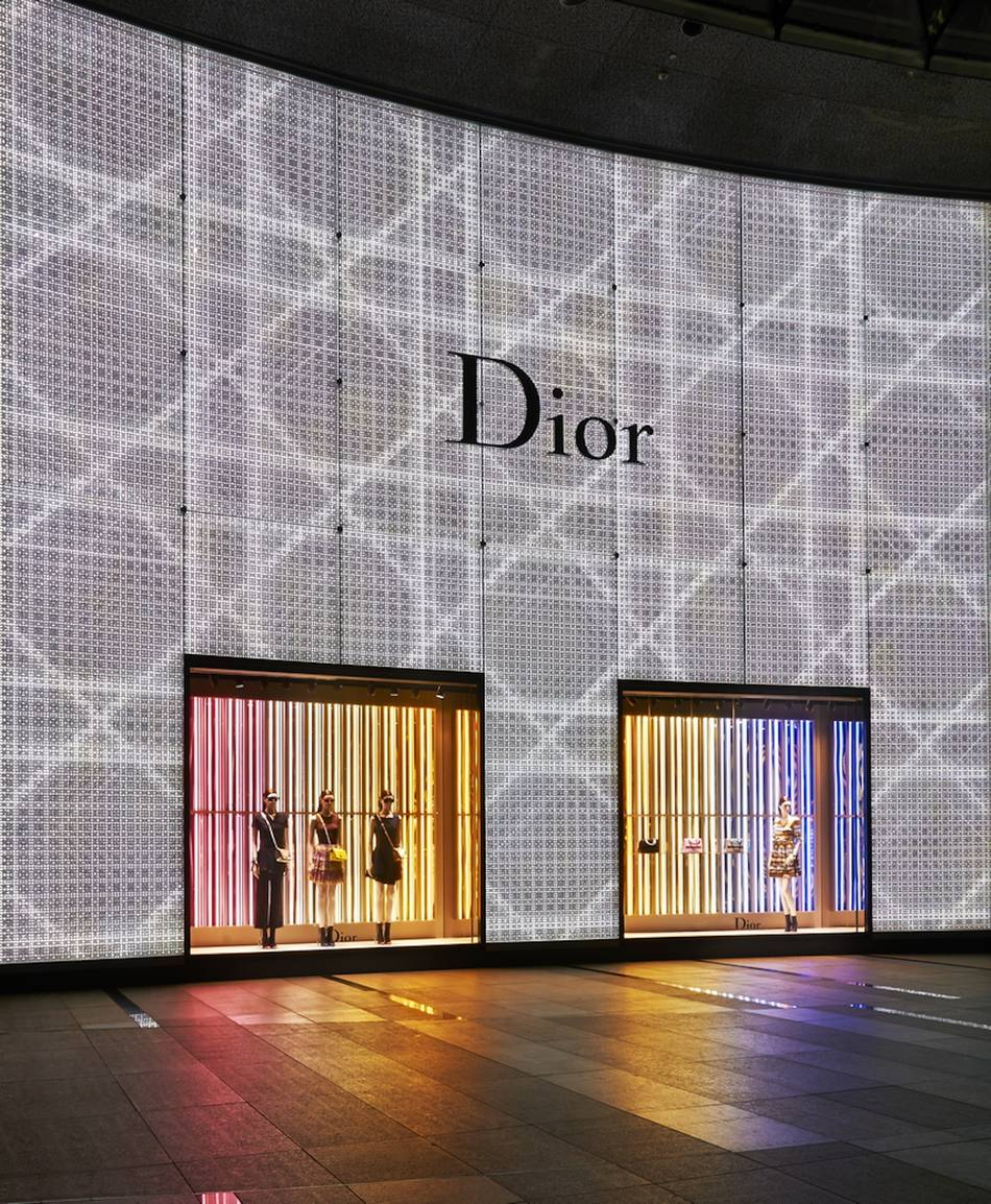 Dior Opens Largest Flagship Store In Singapore 1st Ladies Duplex In South East Asia Senatus