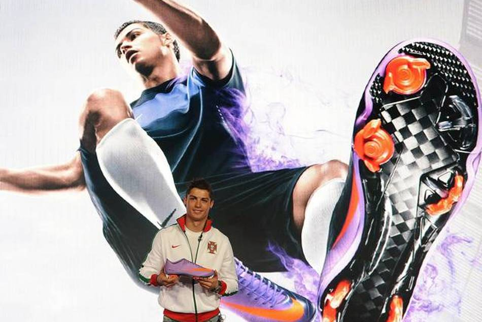 With Cristiano Ronaldo in London, NIKE, Inc. has unveiled the Mercurial Vapor SuperFly II