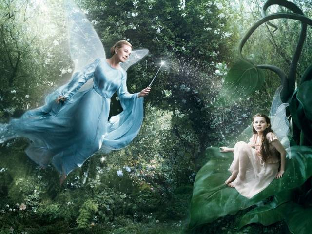 Dame Julie ANDREWS as the Blue Fairy in Pinnochio