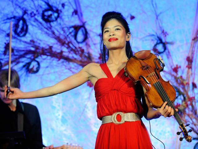 Vanessa Mae performing at the gala