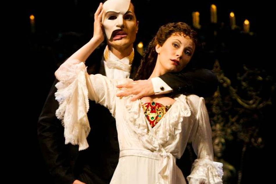 Andrew Lloyd Webber's highly anticipated sequel to the Phantom of the Opera debuts in London