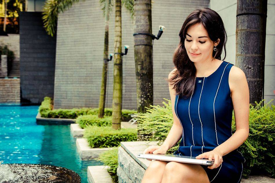 "From television show host to model and now entrepreneur, Stephanie Chai talks about her new venture, luxury travel site TheLuxeNomad | Seen here with the <a href=""http://h20386.www2.hp.com/SingaporeStore/html/hadid-promo-ols.html"">HP Spectre XT</a>"