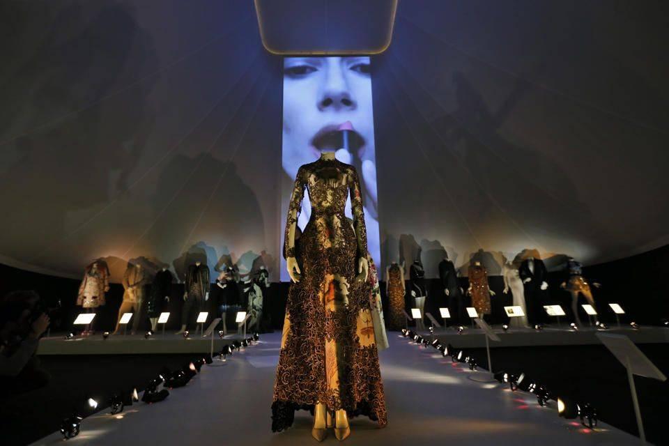 Bvlgari Presents The Glamour Of Italian Fashion