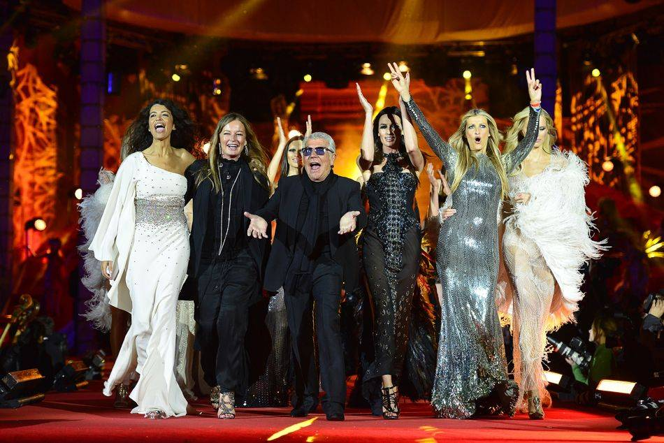 In the fight against HIV/AIDS, Italian label Roberto Cavalli embarked on supporting a series of events in May, culimating in the Life Ball Fashion Show