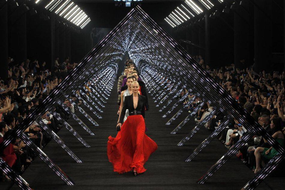German label Hugo Boss returns to China to stage its Winter 2013 menswear and womenswear fashion show in Shanghai, having celebrated its 30th Anniversary in Asia in Beijing last year