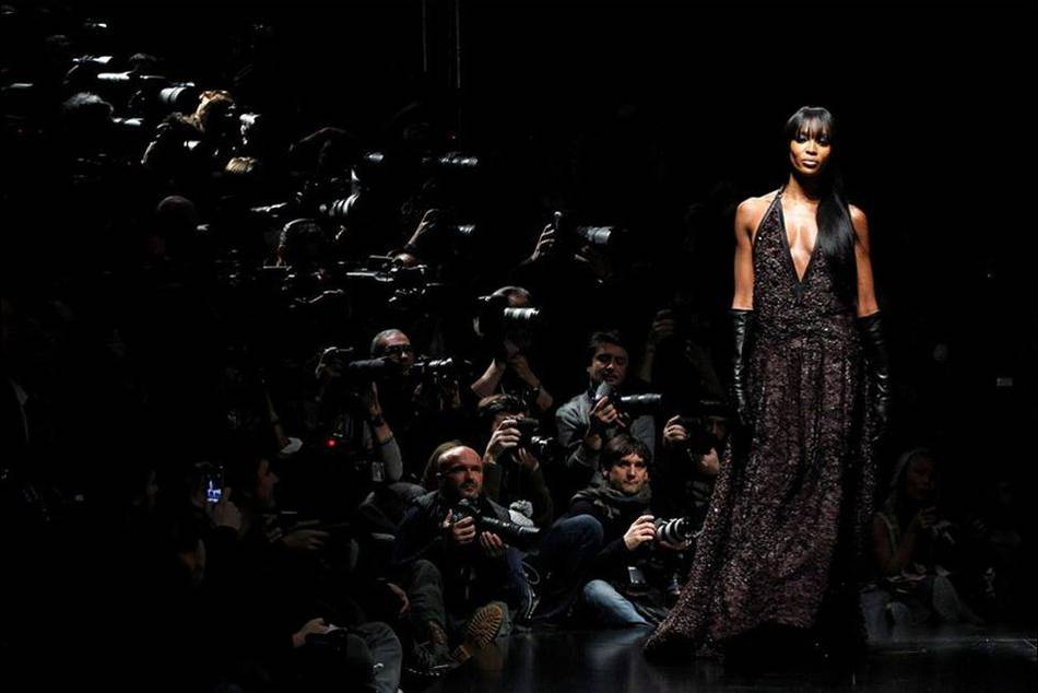 Legendary British supermodel Naomi Campbell will be walking the runway for the 2013 Digital Fashion Week, set to showcase up to 32 Singapore designers