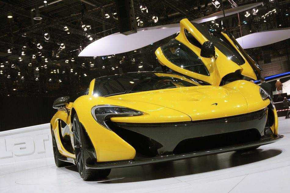 McLaren P1 Aims to be Best Driver's Car in the World | SENATUS