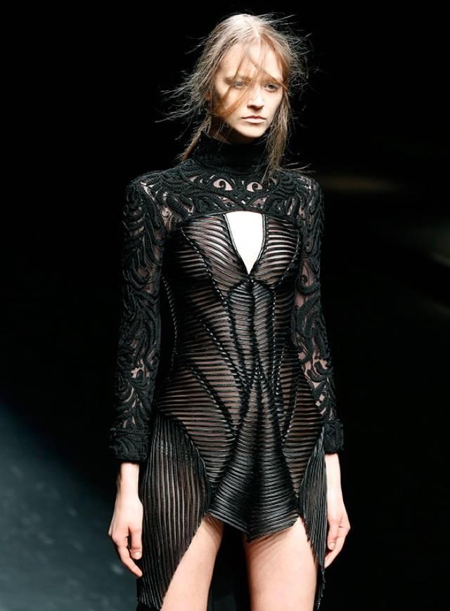 Designers At Japan Fashion Week Set Sights On Asian Market