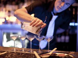 Athens is the final stage of the Diageo Reserve World Class Bartender of the Year 2010 competition