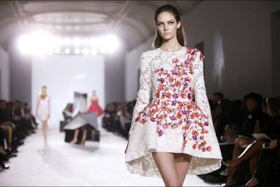 Embroidered fabrics accentuate sensuality of giambattista