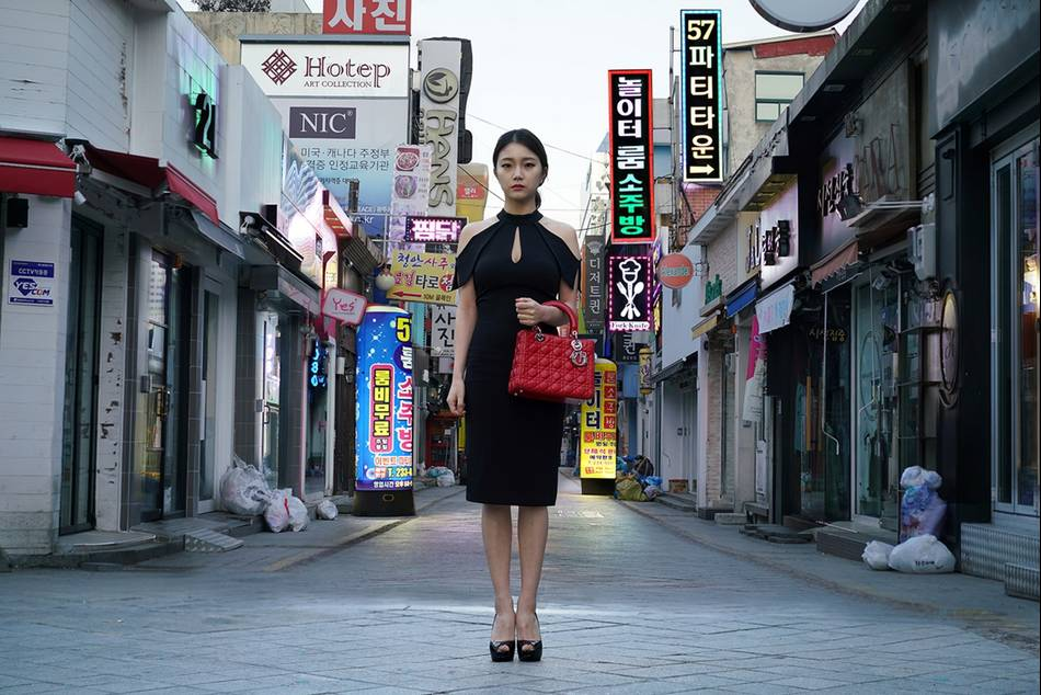 The art gallery in the House's Korean boutique plays host to the traveling exhibition showcasing contemporary artists' interpretations of the emblematic House bag