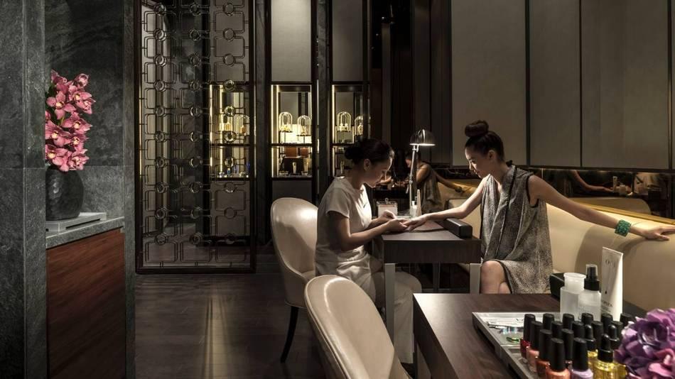 Four seasons hotel pudong in shanghai senatus for 4 season nail salon